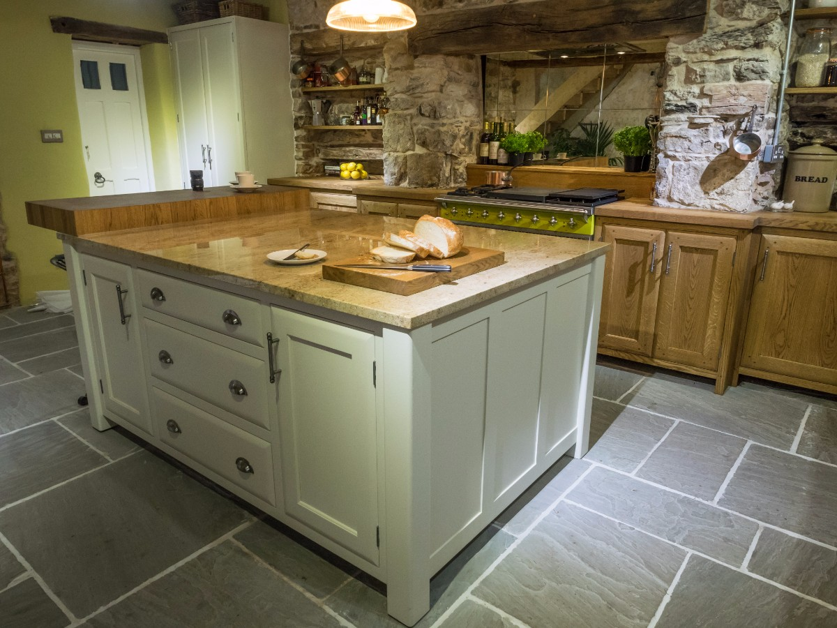Well cottage for Bespoke kitchen cabinets uk