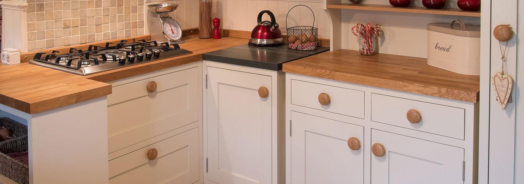 Lonsdale Solid Oak Freestanding Kitchen | Hayton & Higgins